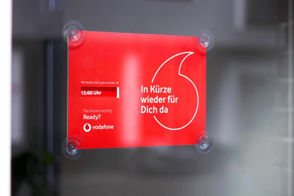 Pausenschild Vodafone Schild Türhänger Gestaltung